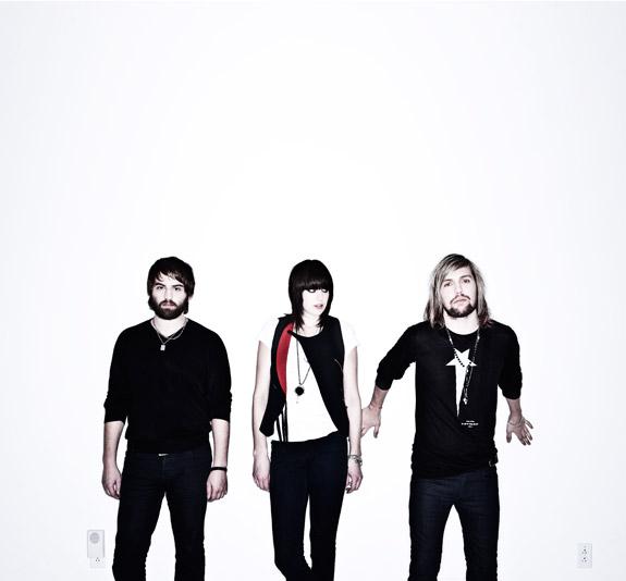 band-of-skulls-575